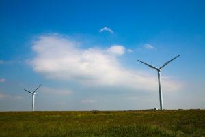 Impianti di produzione di energia da fonti rinnovabili. Nullità delle convenzioni che impongono il pagamento di royalties a favore dei Comuni